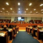 La Campania vara la legge anti mobbing